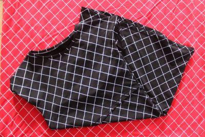Kojící šaty basic - černá kostka variabilní vyrobeno v ČR