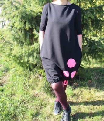 Dámské BALONOVÉ šaty  - černé + růžové puntíky