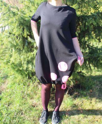 Dámské BALONOVÉ šaty - černé + růžové puntíky vyrobeno v ČR