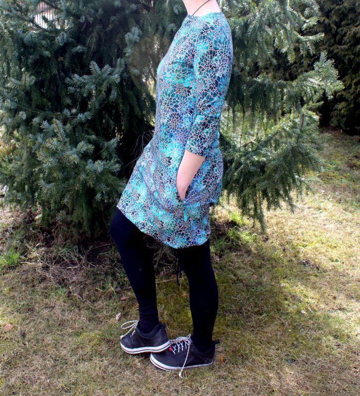 Dámské BALONOVÉ šaty - vitráž sklo vyrobeno v ČR